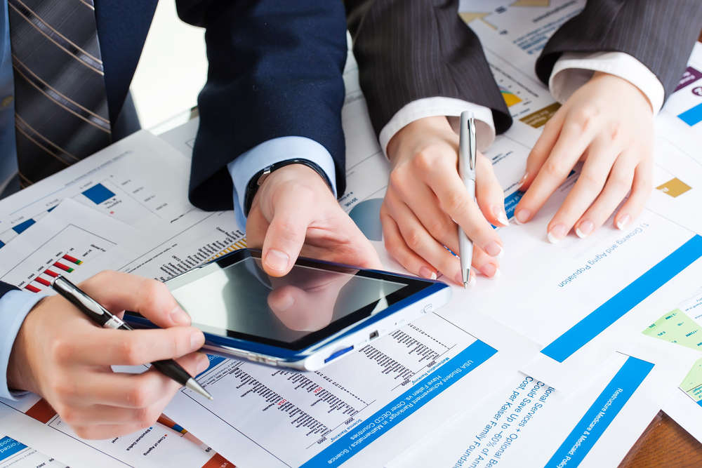 Hiring an Investment Professional   Future Money Trends Financial Planning